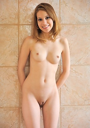 Girls Tight Pussy Porn Pictures