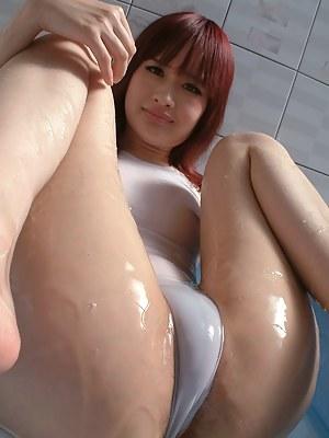 Wet Girls Porn Pictures