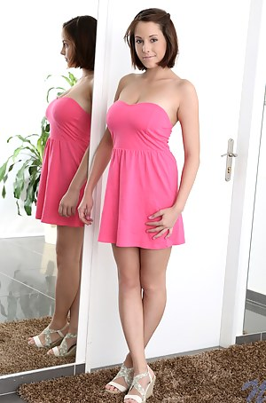 Girls Dress Porn Pictures