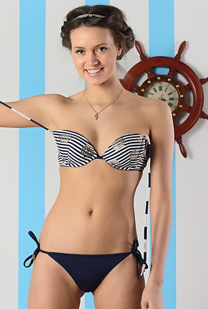 Swimsuit bikinis girl tween