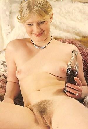 Girls Retro Porn Pictures