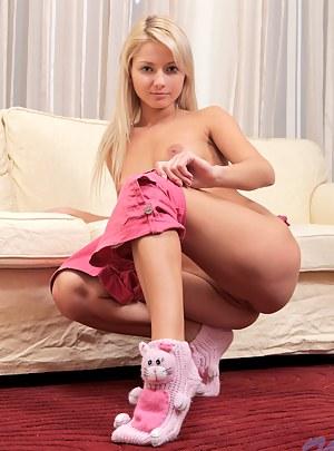 Blonde Girls Porn Pictures